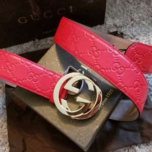 😎Authentic Gucci Belt Red Guccissima Supreme GG